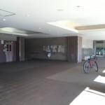 立花一丁目団地のエレベーターホール