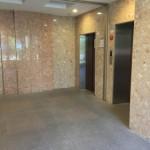 アクシス台東のエレベーターホール