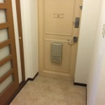 竹の塚第二団地の玄関
