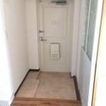 栗原団地の玄関